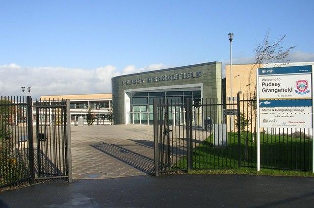pudsey-grangefield-school