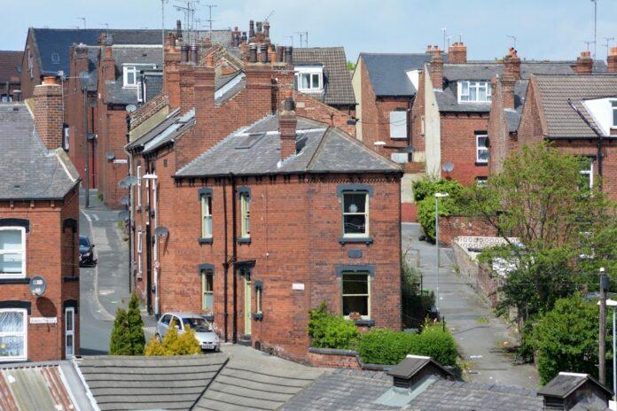 Aviary House on Aviary Road