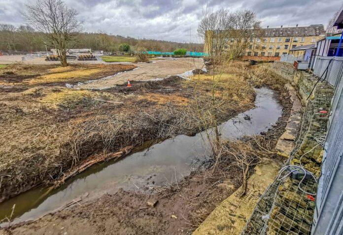 Kirkstall road flood defences 4