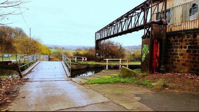 moss bridge rodley