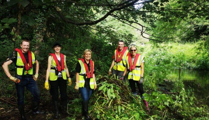 river aire stewardship volunteering_kirkstall_open_source_arts_osa